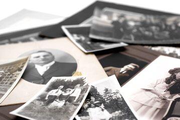 Stare zdjęcia rodzinne, zdj. ilustracyjne