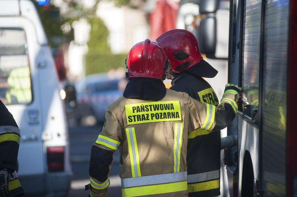 Strażacy mają pracować w szpitalach tymczasowych