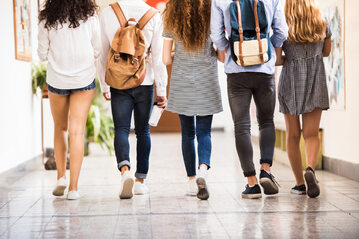 Studenci, uczniowie (zdj. ilustracyjne)