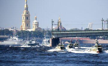 Święto rosyjskiej marynarki wojennej. Obchody w Petersburgu z udziałem Władimira Putina