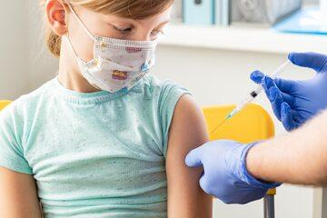 Szczepienie dzieci - zdjęcie ilustracyjne