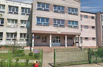 Szkoła Podstawowa nr 195 im. Króla Maciusia I w Warszawie
