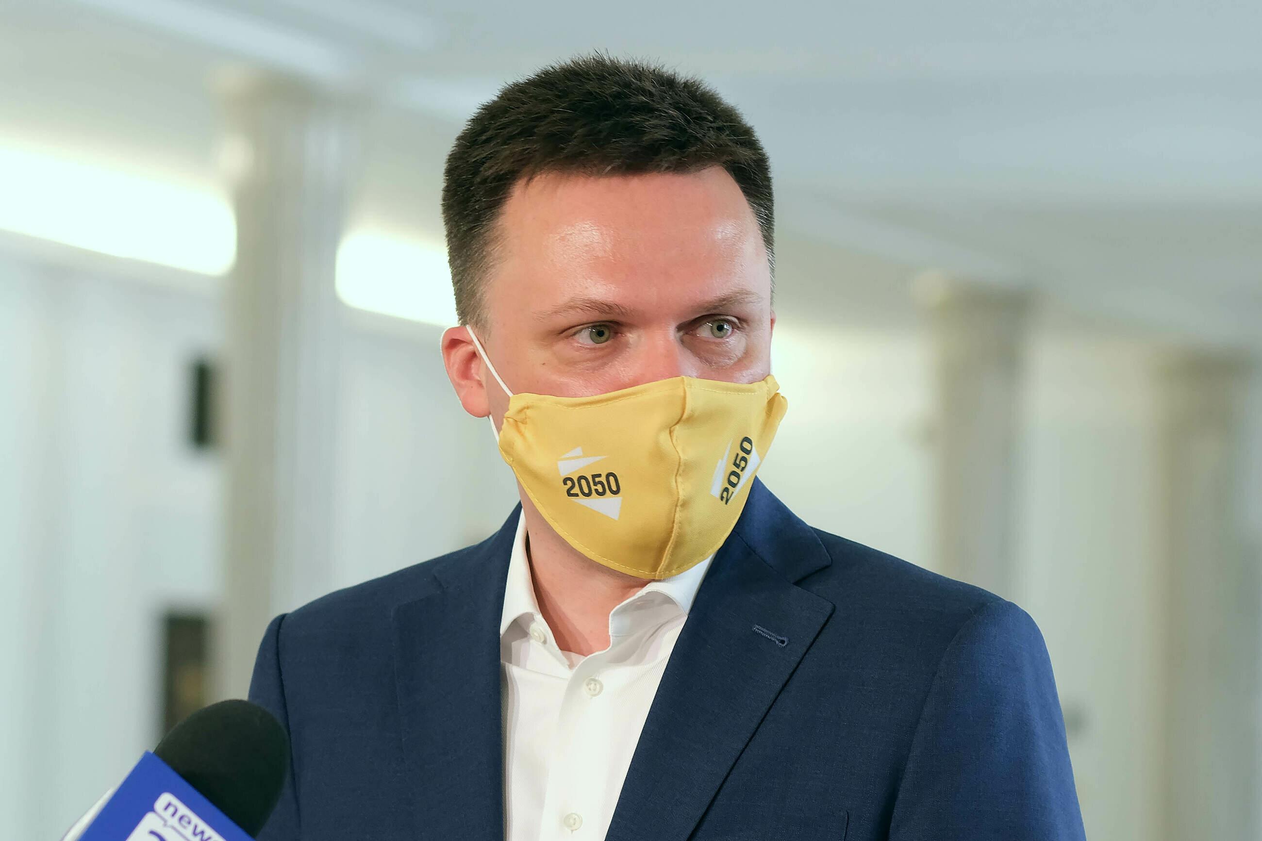 """Wniosek Ziobry ws. Banasia. Hołownia o """"ewidentnej zemście Kaczyńskiego i nieczystych intencjach"""