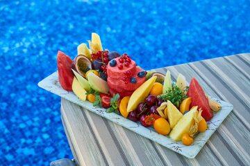 Taca pełna owoców