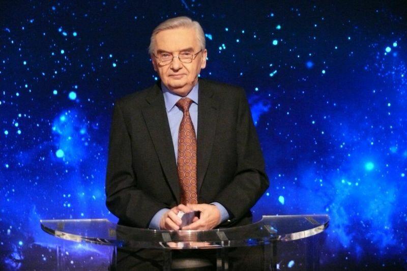 """Tadeusz Sznuk, prowadzący """"Jeden z dziesięciu"""""""