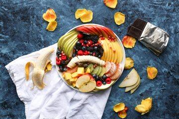 Talerz z owocami
