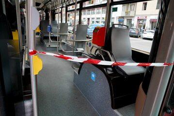 Taśma oddzielająca kierowcę autobusu, Mediolan