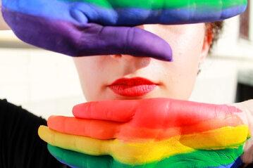 Tęczowe kolory LGBT (zdj. ilustracyjne)