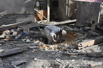Tel Awiw. Budynek trafiony przez rakietę wystrzeloną ze Strefy Gazy