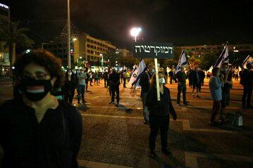 Tel Awiw, protest z zachowaniem zasad dystansu społecznego