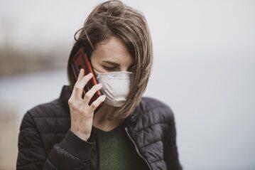 Telefon komórkowy, zdjęcie ilustracyjne