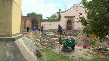 Teren prac archeologicznych w Gnieźnie