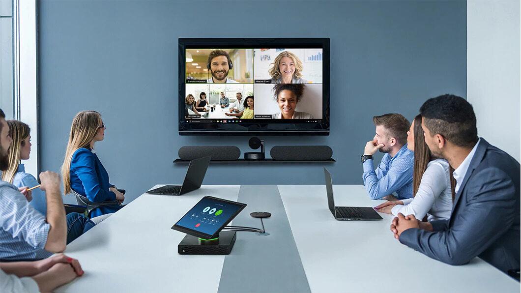 ThinkSmart Hub 500 – urządzenie szyte na miarę spotkań konferencyjnych