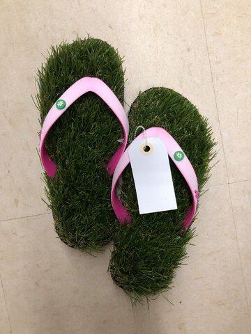 To tak, jakbyście chodzili boso po trawie...