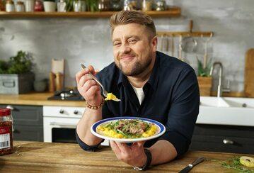 Tomasz Jakubiak, kucharz i dziennikarz kulinarny