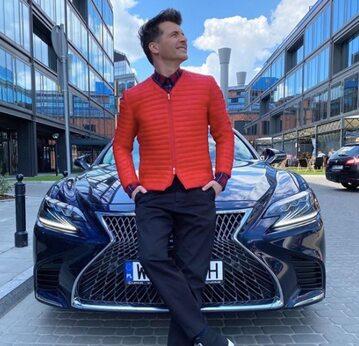 Tomasz Kammel sprzedaje Lexusa LS500