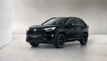 Toyota RAV4 Hybrid Black Edition by JBL