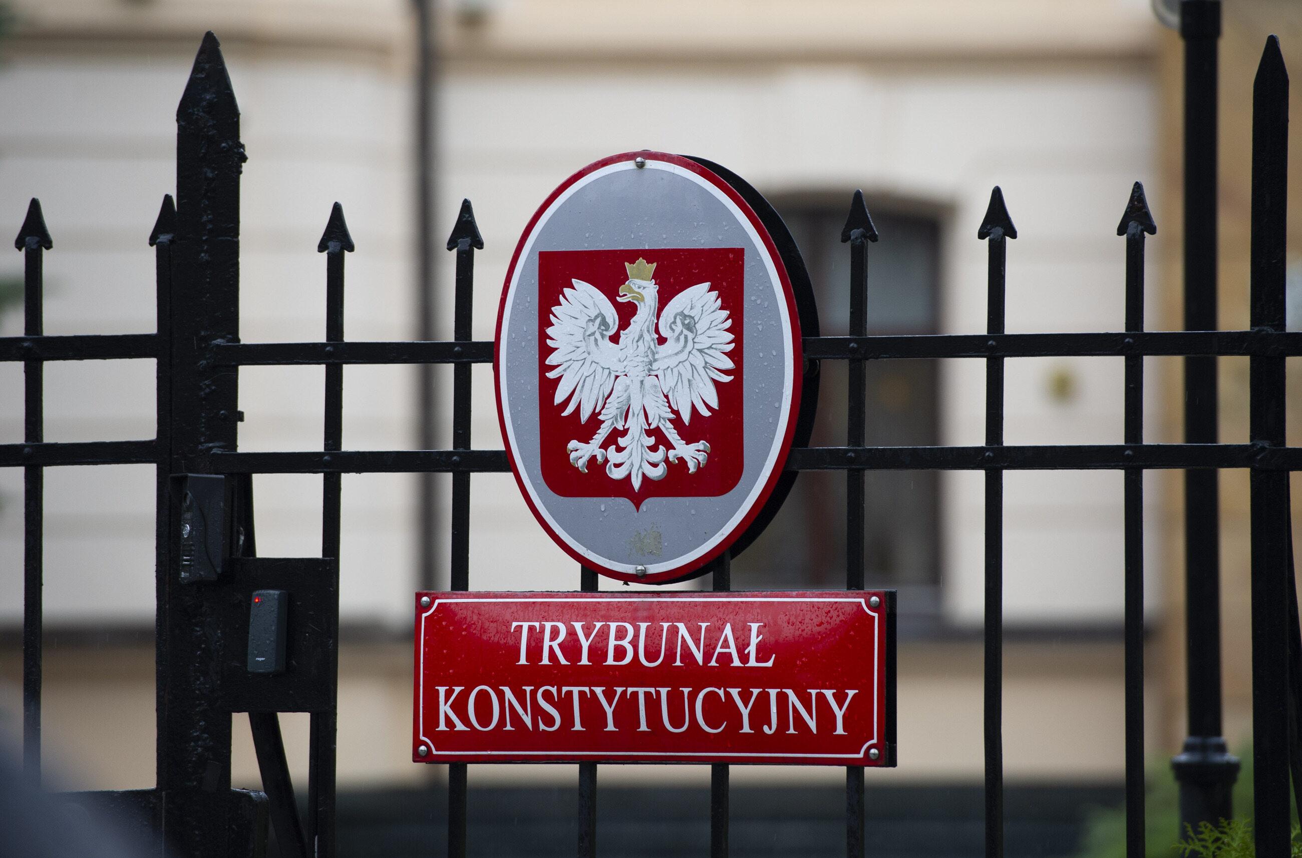 W Trybunale Konstytucyjnym brakuje jednego sędziego. Odszedł ostatni niewybrany przez PiS
