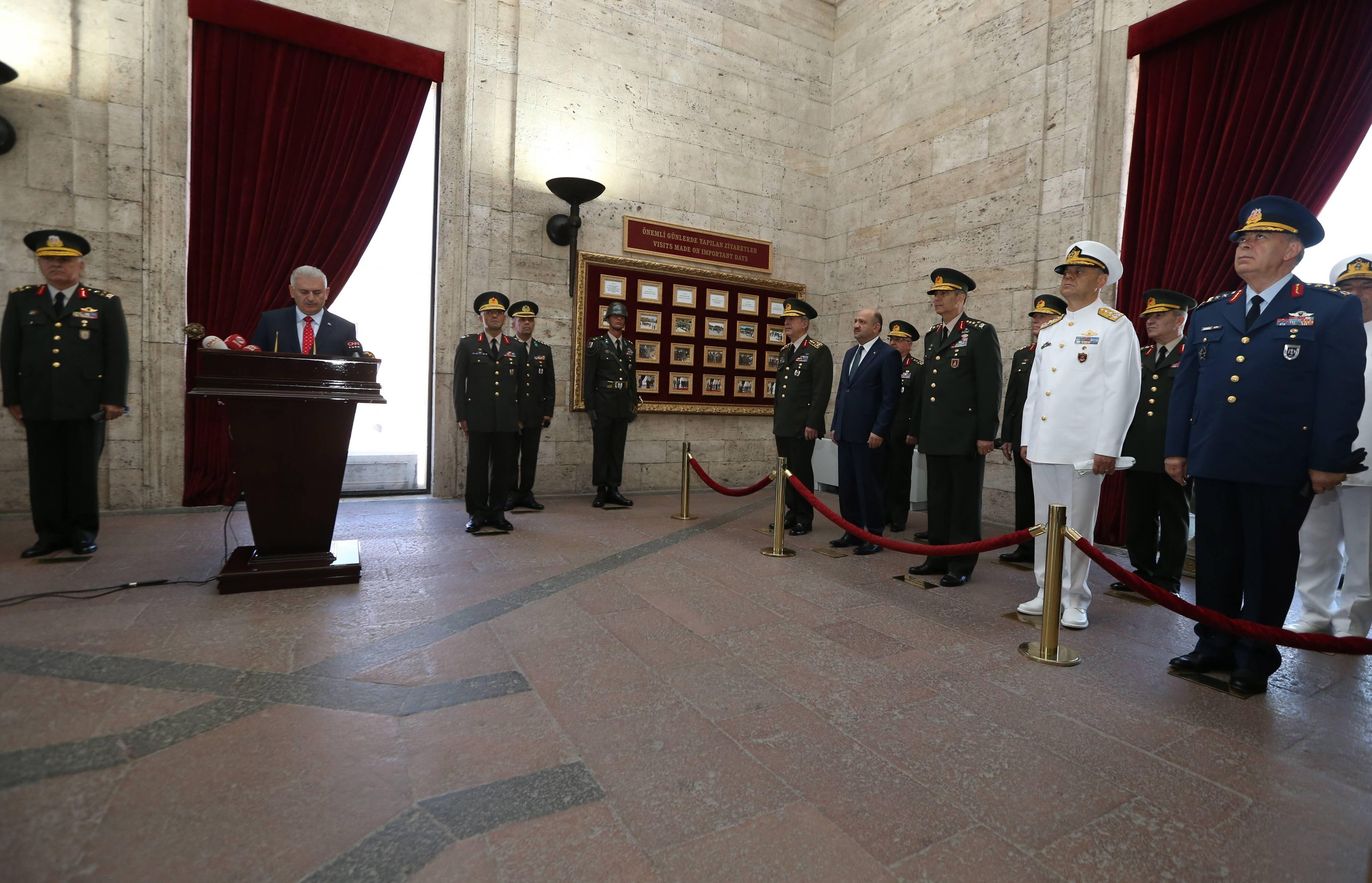 Tureccy generałowie na zebraniu Najwyższej Rady Wojennej