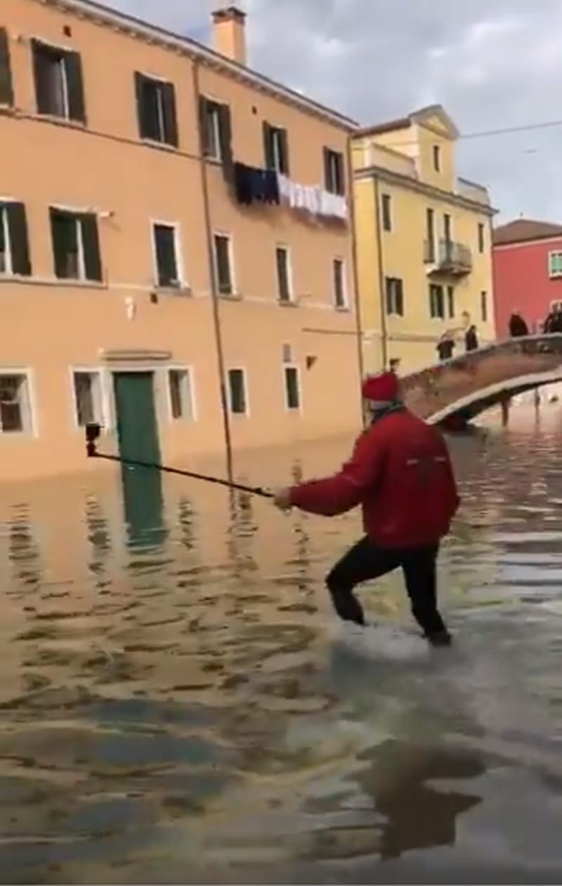 Turysta w Wenecji