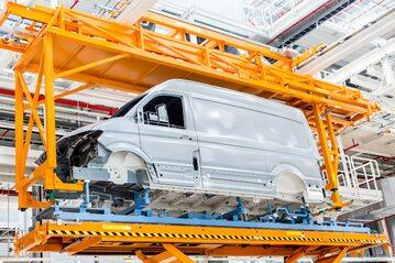 Volkswagen  Crafter produkowany we wrześni