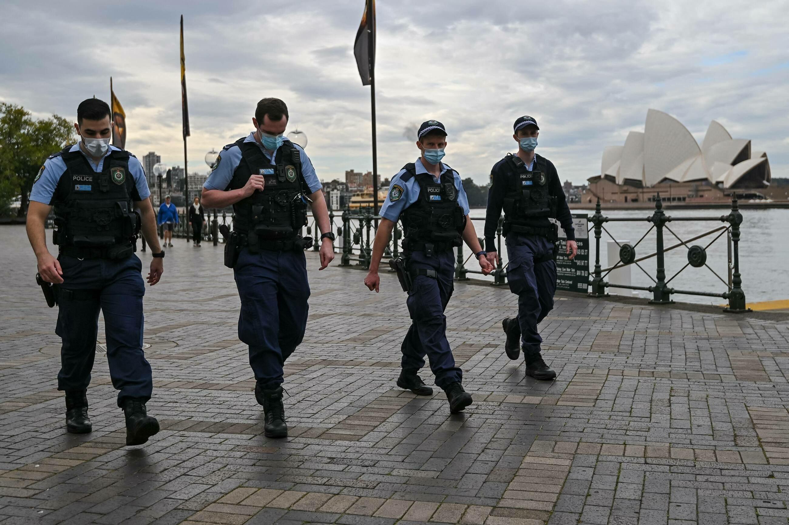 Tysiące ludzi na ulicach australijskich miast. Protesty przeciwko ponownym restrykcjom