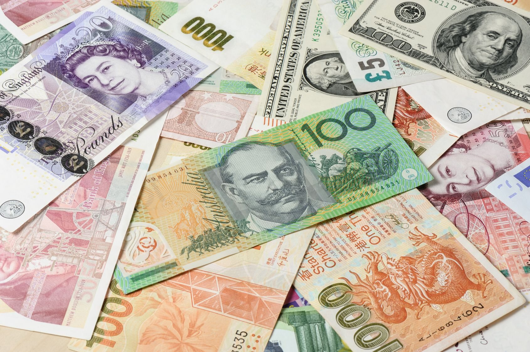 Waluty (zdjęcie ilustracyjne)