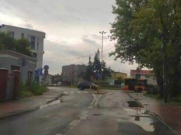 Warszawa. Na Ursusie w 30-latka uderzył piorun