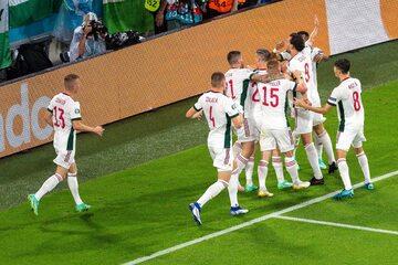Węgierscy piłkarze w meczu z Niemcami