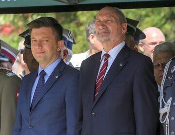 Wiceminister Michał Dworczyk, szef MON Antoni Macierewicz