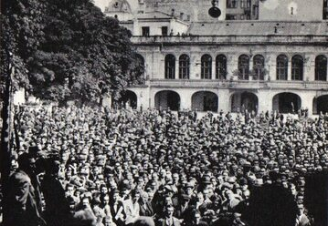 Wiec Centrolewu w warszawskiej Dolinie Szwajcarskiej, 15 września 1930