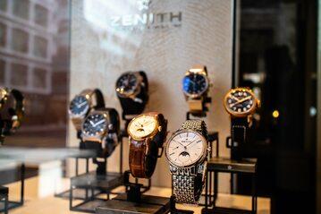 Witryna sklepu z zegarkami