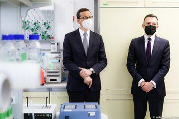Wizyta premiera w Międzynarodowym Instytucie Biologii Molekularnej i Komórkowej w Warszawie