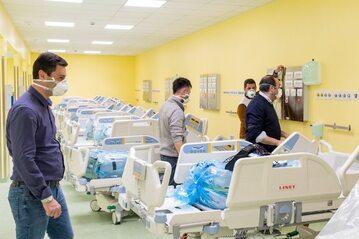 Włochy. Nowy oddział intensywnej opieki medycznej w Mediolanie