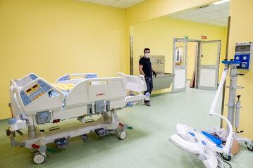 Włoski szpital przygotowany na kolejnych pacjentów z koronawirusem