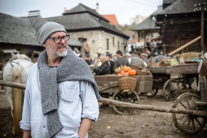 """Wojciech Smarzowski na planie filmu """"Wołyń"""""""