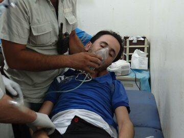 Wolonatriusze pomagają Syryjczykowi