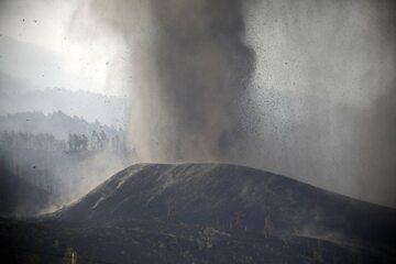 Wybuch wulkanu Cumbre Viejo