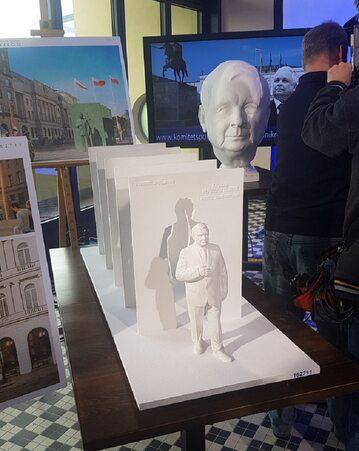 Wyróżniony pomnik Lecha Kaczyńskiego