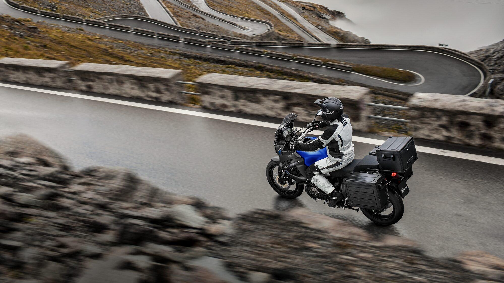 Yamaha XTZ1200E
