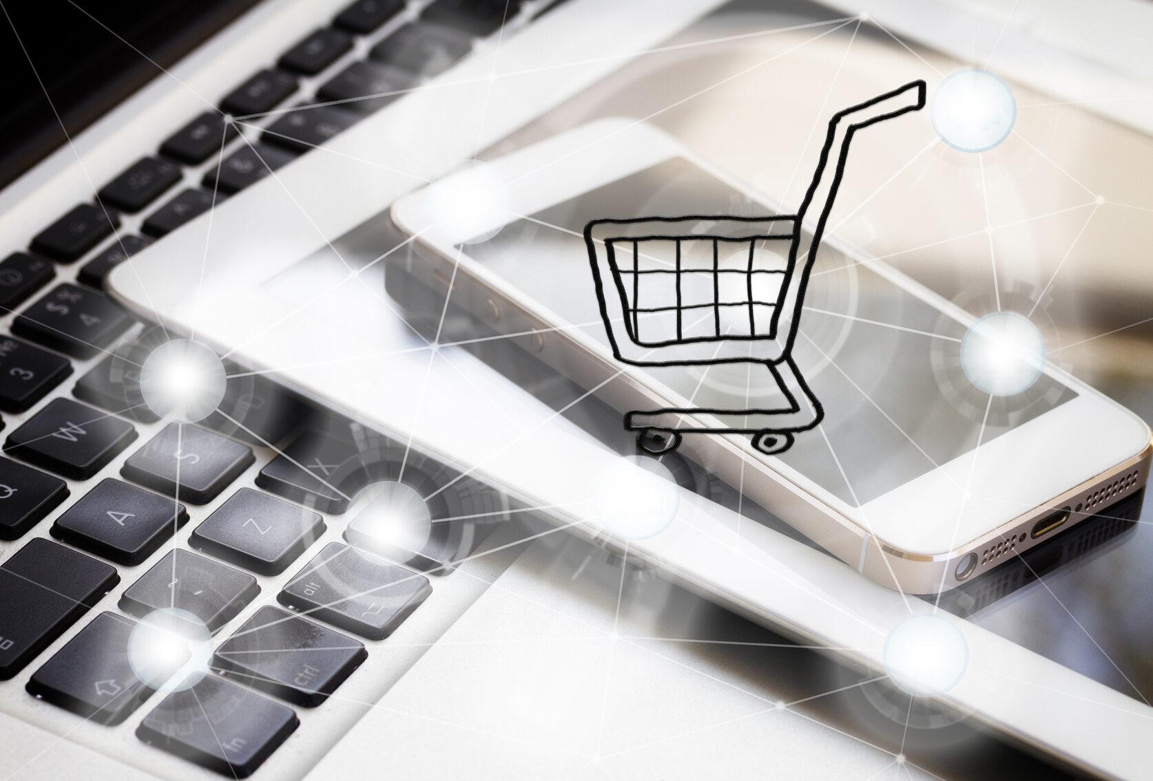 zakupy w sieci (zdj. ilustracyjne)