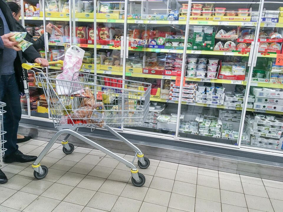 Zakupy w sklepie sieci Biedronka, zdj. ilustracyjne
