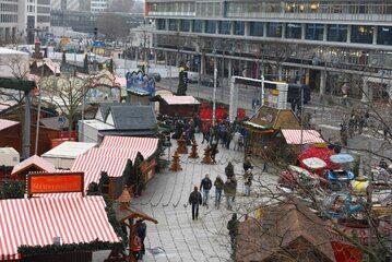 Zamach na jarmark bożonarodzeniowy w Berlinie miał miejsce w grudniu 2016 roku