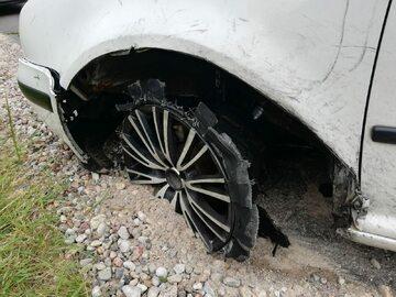 Zatrzymany przez policjantów Volkswagen Golf