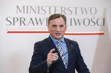 Zbigniew Ziobro na konferencji prasowej w Ministerstwie Sprawiedliwości