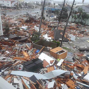 Zdjęcie po przejściu huraganu Michael