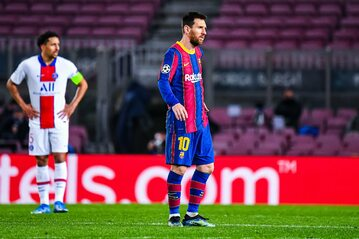 Zdjęcie z pierwszego meczu Barcelony z PSG