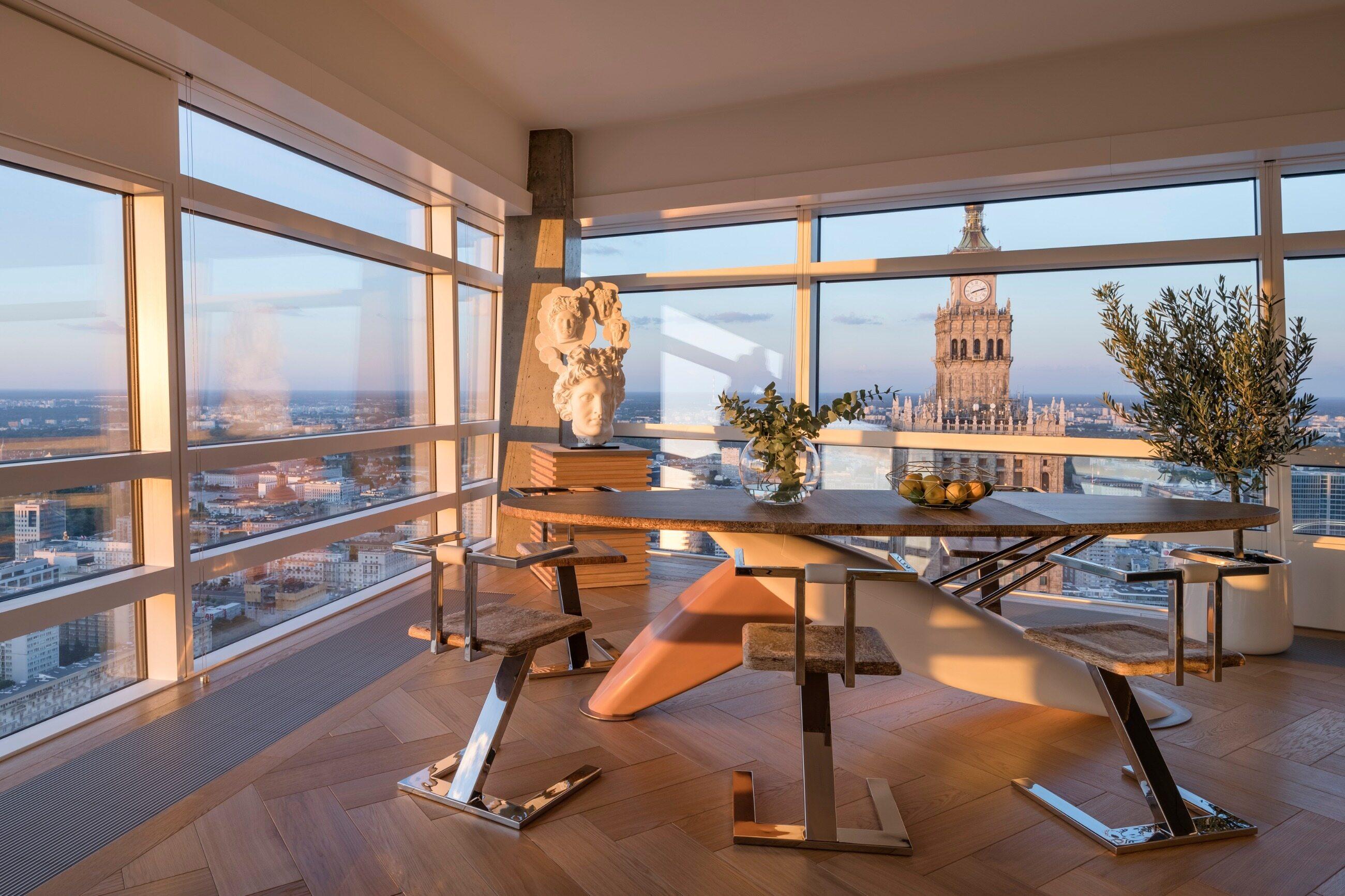 Złota 44 to najwyższy luksusowy apartamentowiec w całej Europie