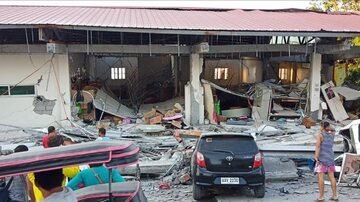 Zniszczenia po trzęsieniu ziemi na Filipinach