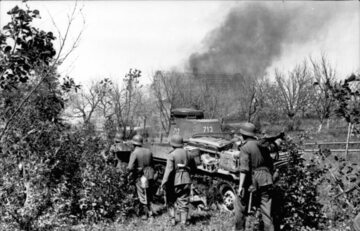 """Żołnierze z Grupy Armii """"Północ"""" podczas operacji """"Barbarossa"""""""